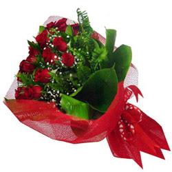 Adana çiçek siparişi kaliteli taze ve ucuz çiçekler  12 adet kirmizi essiz gül buketi - SEVENE ÖZEL