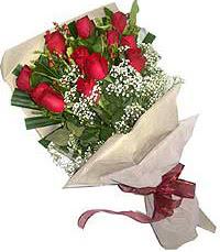 11 adet kirmizi güllerden özel buket  Adana çiçek siparişi internetten çiçek siparişi