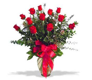 çiçek siparisi 11 adet kirmizi gül cam vazo  Adana çiçek siparişi online çiçek gönderme sipariş