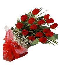 15 kırmızı gül buketi sevgiliye özel  Adana çiçek yolla çiçek gönderme sitemiz güvenlidir
