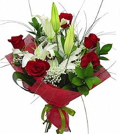 1 dal kazablanka 5 kırmızı gül buketi  Adana çiçek siparişi kaliteli taze ve ucuz çiçekler