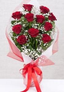 11 kırmızı gülden buket çiçeği  Adana çiçek siparişi 14 şubat sevgililer günü çiçek