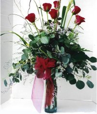 Adana çiçek gönder çiçek siparişi sitesi  7 adet gül özel bir tanzim