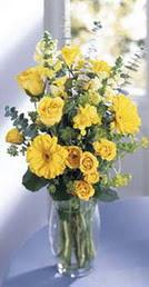 Adana çiçek siparişi online çiçek gönderme sipariş  sari güller ve gerbera cam yada mika vazo