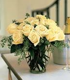 Adana çiçek gönder çiçek siparişi sitesi  11 adet sari gül mika yada cam vazo tanzim
