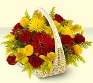 Adana çiçek siparişi 14 şubat sevgililer günü çiçek  sepette mevsim çiçekleri