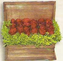 yapay güllerden sandik   Adana çiçek siparişi cicek , cicekci