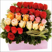 15 adet renkli gül ve cam   Adana çiçek gönder çiçekçi mağazası