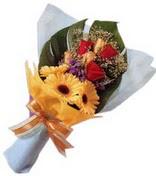 güller ve gerbera çiçekleri   Adana çiçek yolla çiçek gönderme sitemiz güvenlidir