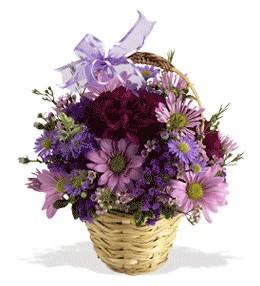 Adana çiçek siparişi uluslararası çiçek gönderme  sepet içerisinde krizantem çiçekleri