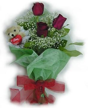3 adet gül ve küçük ayicik buketi  Adana çiçek siparişi cicek , cicekci