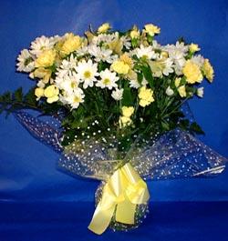 Adana çiçek gönder hediye çiçek yolla  sade mevsim demeti buketi sade ve özel