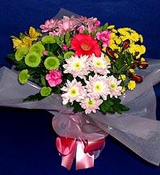 Adana çiçek gönder hediye çiçek yolla  küçük karisik mevsim demeti