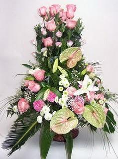 Adana çiçek gönder ucuz çiçek gönder  özel üstü süper aranjman