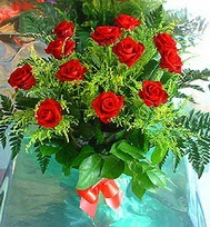 12 adet gül buketi  Adana çiçek siparişi anneler günü çiçek yolla