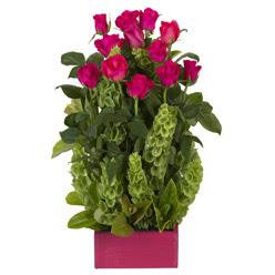 12 adet kirmizi gül aranjmani  Adana çiçek siparişi çiçek mağazası , çiçekçi adresleri