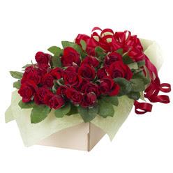 19 adet kirmizi gül buketi  Adana çiçek siparişi güvenli kaliteli hızlı çiçek