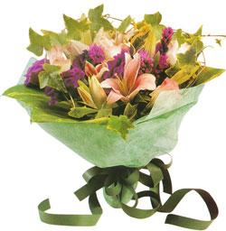 karisik mevsim buketi anneler günü ve sevilenlere  Adana çiçek gönder çiçekçi mağazası