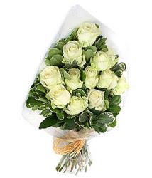 Adana çiçek siparişi online çiçekçi , çiçek siparişi  12 li beyaz gül buketi.