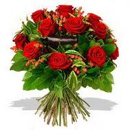 9 adet kirmizi gül ve kir çiçekleri  Adana çiçek gönder internetten çiçek satışı