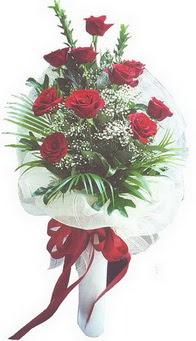 Adana çiçek gönder hediye çiçek yolla  10 adet kirmizi gülden buket tanzimi özel anlara