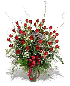 Adana çiçek gönder çiçek siparişi sitesi  33 adet kirmizi gül vazo içerisinde