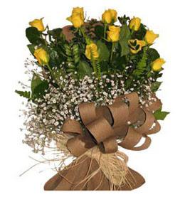 Adana çiçek yolla çiçek yolla  9 adet sari gül buketi
