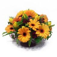 gerbera ve kir çiçek masa aranjmani  Adana çiçek siparişi çiçek siparişi vermek