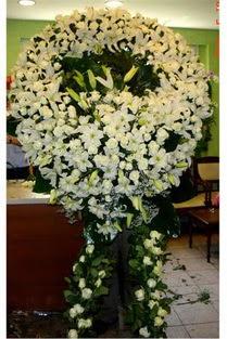 Cenaze çelenk , cenaze çiçekleri , çelengi  Adana çiçek yolla çiçek satışı