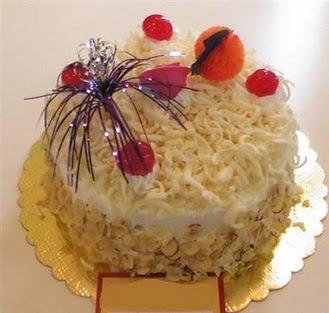 pasta siparisi 4 ile 6 kisilik yaspasta mis lezzette  Adana çiçek yolla çiçekçi telefonları