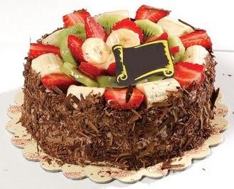 pastaci firmasindan 4 ile 6 kisilik çikolata meyvali yaspasta  Adana çiçek gönder çiçek siparişi sitesi
