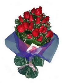 12 adet kirmizi gül buketi  Adana çiçek siparişi online çiçek gönderme sipariş