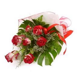 Çiçek gönder 9 adet kirmizi gül buketi  Adana çiçek siparişi çiçek siparişi vermek