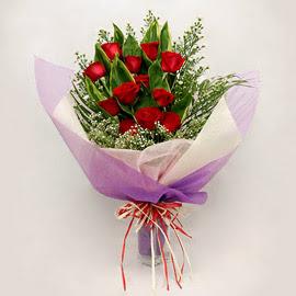 çiçekçi dükkanindan 11 adet gül buket  Adana çiçek gönder çiçekçi mağazası