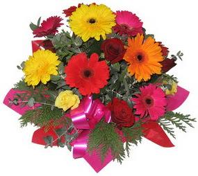 Karisik mevsim çiçeklerinden buket  Adana çiçek siparişi hediye sevgilime hediye çiçek