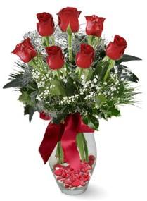 7 adet vazoda gül  Adana çiçek gönder internetten çiçek satışı  kirmizi gül