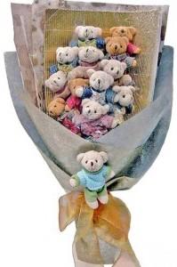 12 adet ayiciktan buket tanzimi  Adana çiçek siparişi cicek , cicekci