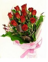 11 adet essiz kalitede kirmizi gül  Adana çiçek siparişi anneler günü çiçek yolla