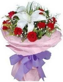 9 adet kirmizi gül 1 adet kazablanka buketi  Adana çiçek gönder çiçekçi mağazası