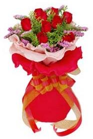 Adana çiçek siparişi cicekciler , cicek siparisi  8 Adet kirmizi güllerden buket tanzimi