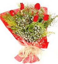 Adana çiçek siparişi anneler günü çiçek yolla  5 adet kirmizi gül buketi demeti