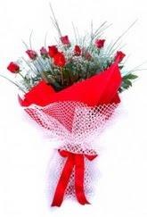 Adana çiçek yolla İnternetten çiçek siparişi  9 adet kirmizi gül buketi demeti
