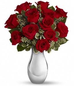 Adana çiçek siparişi çiçek siparişi vermek   vazo içerisinde 11 adet kırmızı gül tanzimi