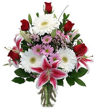 Adana çiçek siparişi çiçek mağazası , çiçekçi adresleri  1 dal kazablanka 5 gül ve kırçiçeği vazosu