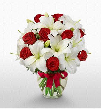 Adana çiçek gönder hediye çiçek yolla  1 dal kazablanka 11 adet kırmızı gül vazosu