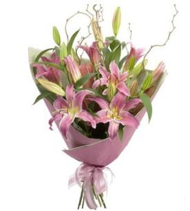 Adana çiçek yolla İnternetten çiçek siparişi  3 dal cazablanca buket çiçeği