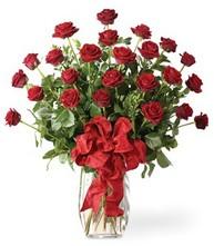 Sevgilime sıradışı hediye güller 24 gül  Adana çiçek siparişi 14 şubat sevgililer günü çiçek