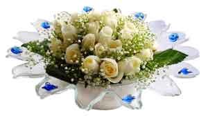 Adana çiçek siparişi çiçek online çiçek siparişi  11 adet Beyaz güller özel cam tanzim