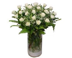 Adana çiçek siparişi yurtiçi ve yurtdışı çiçek siparişi  cam yada mika Vazoda 12 adet beyaz gül - sevenler için ideal seçim