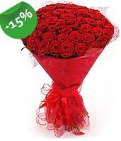 51 adet kırmızı gül buketi özel hissedenlere  Adana çiçek gönder çiçek siparişi sitesi